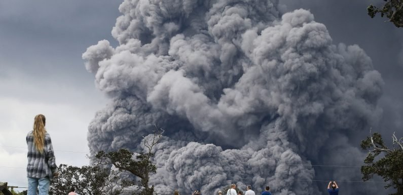 Volcanic ash triggers red alert for aircraft in Hawaii
