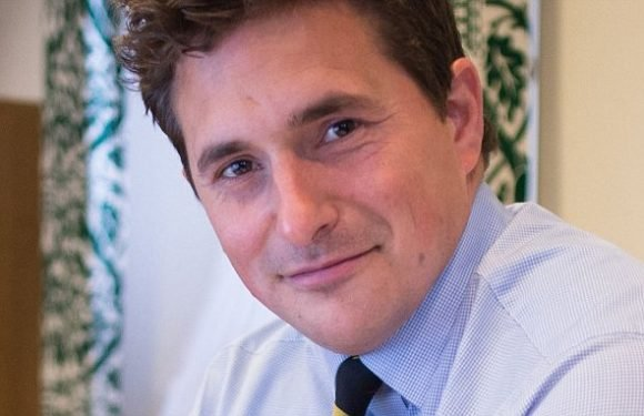 Tory MP Johnny Mercer tackles racist thug to ground