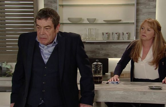 Corrie's Johnny gives into temptation and cheats on Jenny with shock character