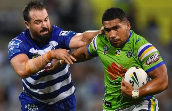 Havili's Raiders future guaranteed ahead of Hodgson return