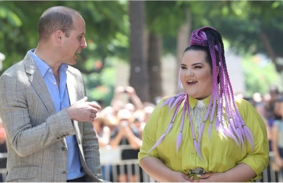 """In Case You Were Wondering, Apparently Prince William Is a """"Really, Really Chill Guy"""""""