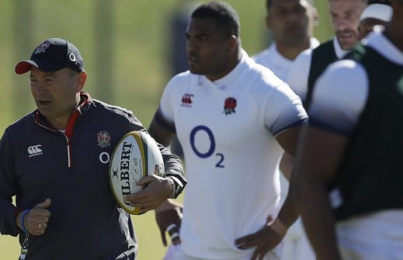 Jones fails to win full backing from RFU as problems pile up