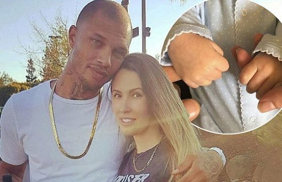 Jeremy Meeks 'finalises divorce from Melissa'