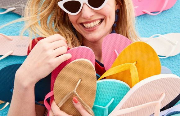 Old Navy's Famous $1 Flip Flop Sale Is FINALLY Here