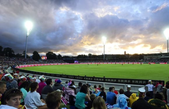 ACT government in talks to renew Manuka international cricket contract
