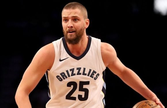 NBA Trade Rumors: Memphis Grizzlies Shopping Chandler Parsons With No. 4 Pick, 'The Athletic' Suggests