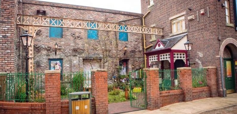 Coronation Street fans blast £35 charge to visit new studios