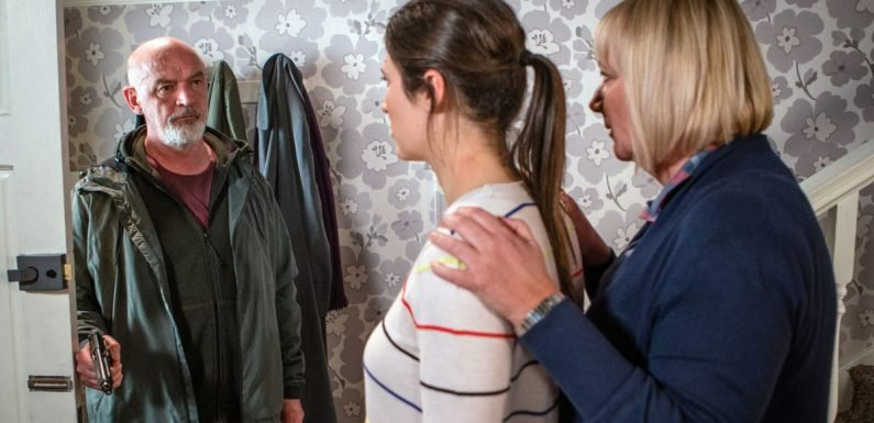 Corrie fans shocked as Nicola's fate after shooting is revealed