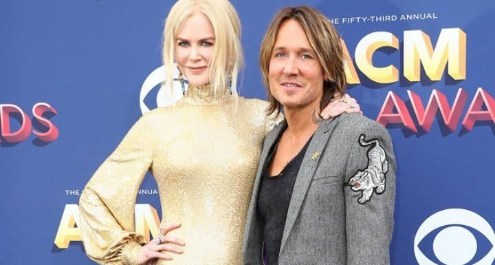 Keith Urban Joins Forces With Fans for Nicole Kidman Birthday Serenade