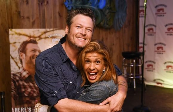 Hoda Kotb Hangs With Celeb Crush Blake Shelton In Nashville