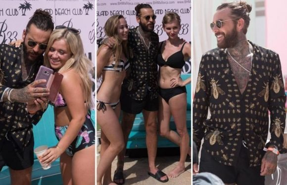 Towie's Pete Wicks leaves girlfriend Shelby Tribble at home while he parties in Majorca