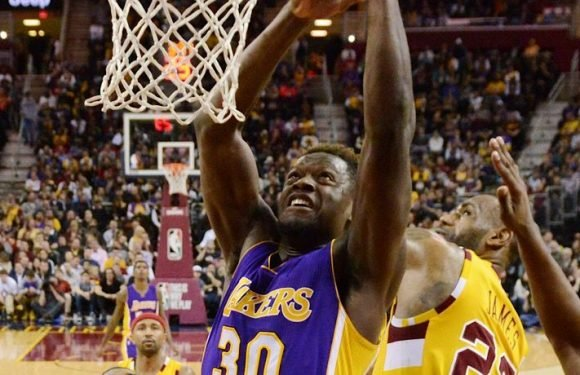 Lakers Decision To Extend Qualifying Offer To Julius Randle Could Hurt The Pursuit Of LeBron James [Opinion]
