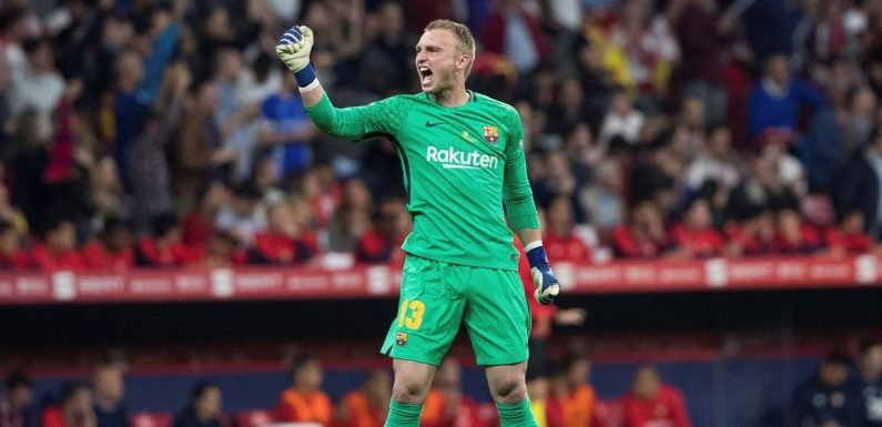 Barcelona star praises Liverpool and Arsenal as he opens door to Premier League