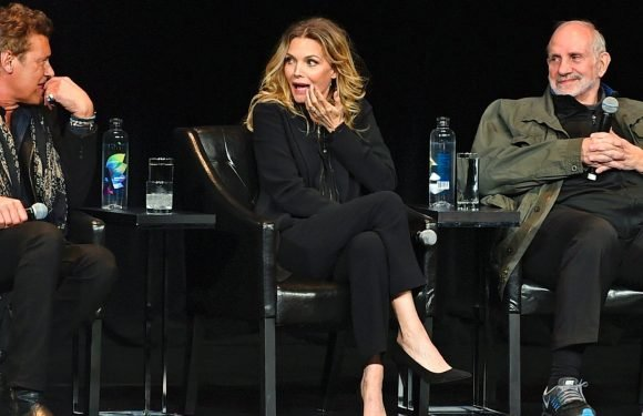 Michelle Pfeiffer Gets Asked Awkward Question During 'Scarface' Panel