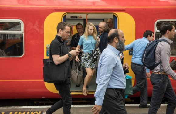 Commuting to work by train could lead to healthier life, scientists say