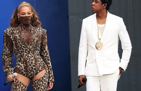 Beyonce and Jay-Z reduce fans to tears as they dedicate song to Grenfell victims at London performance