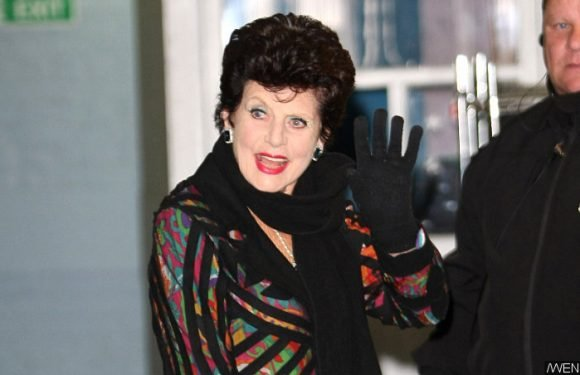 First Bond Girl Eunice Gayson Dies at 90, Movie Producers Pay Tribute