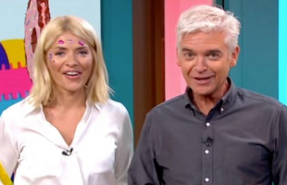 Holly Willoughby sparks shock pregnancy rumours
