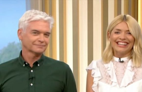 Holly Willoughby and Phillip Schofield laugh hysterically over X-rated jokes