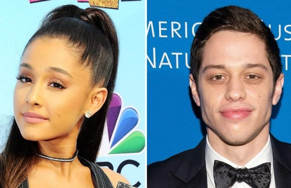 Ariana Grande, Pete Davidson Enjoy Movie Date in New York City