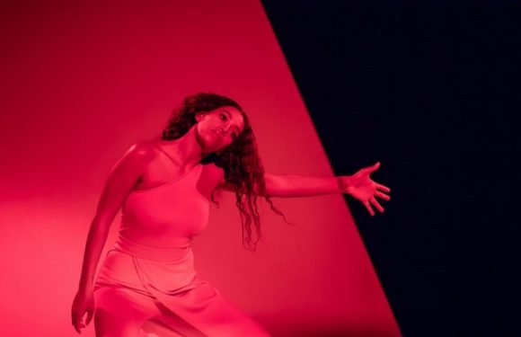 Solange at the Opera House review: sister's time to shine