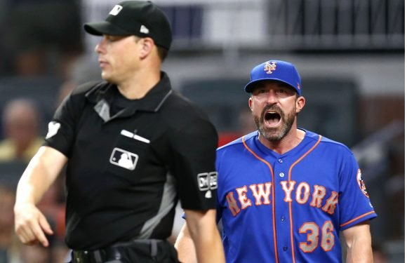 Bullpen implodes, Callaway ejected in Mets' loss to Braves