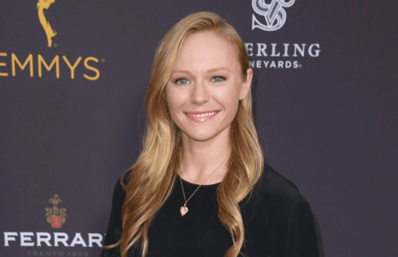 'Days Of Our Lives' Spoilers: Abigail Returns To Salem With Shocking News