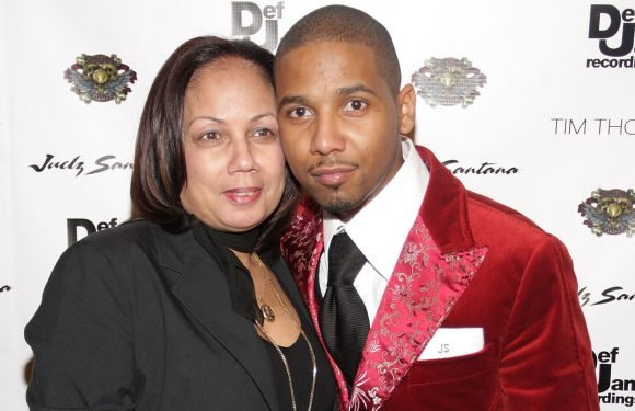 Judge orders Juelz Santana's mom to accompany rapper on tour