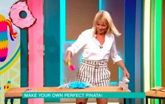 This Morning fans forced to rewind their TVs as they think guest announces Holly Willoughby is pregnant