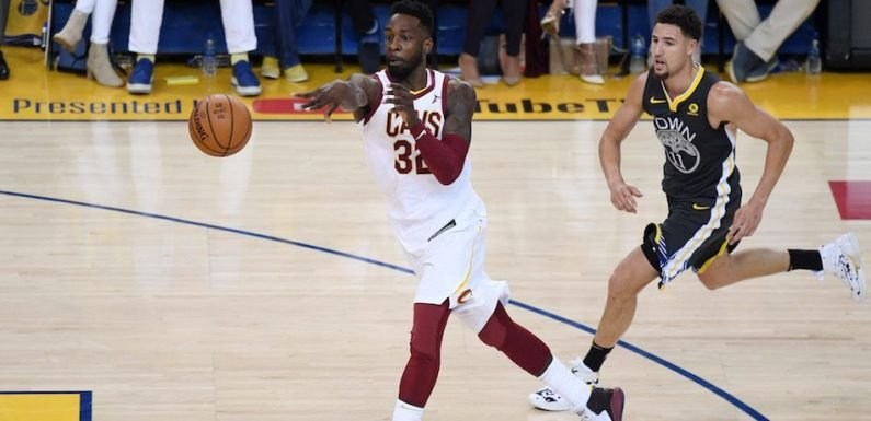 Watch Golden State Warriors Vs. Cleveland Cavaliers Game 3 Live Stream: Start Time, Preview, 2018 NBA Finals
