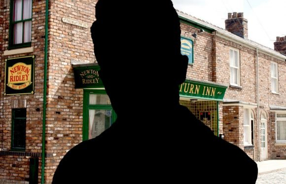Coronation Street reveals the third big proposal coming up on the cobbles