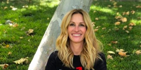 What was Julia Roberts' message to fans as she joins Instagram?