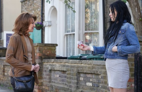 EastEnders' Hayley Slater makes a shock move as her problems intensify