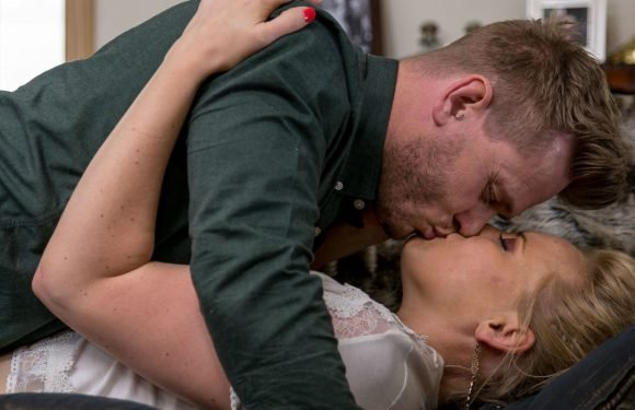 Emmerdale reveals reunion hopes for David Metcalfe as Tracy kisses him