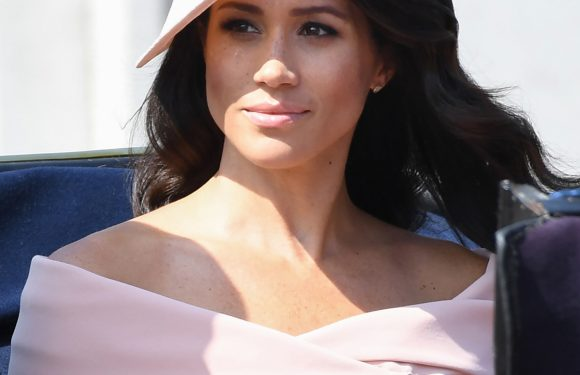 Meghan Markle Wears Her First Bouncy Blowout — and Bare Shoulders — for Her Trooping Debut!