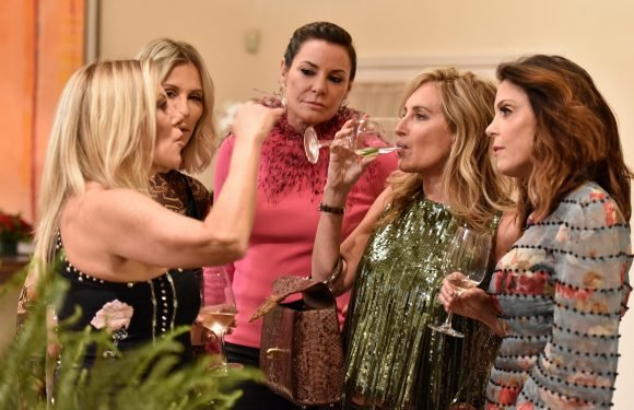 'Housewives' say Bravo keeps the booze flowing