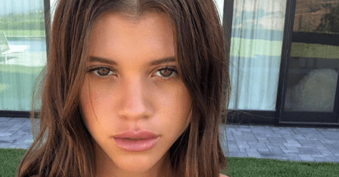 Sofia Richie's Carrie Bradshaw-Inspired Tube Top, Nameplate, Hair: Pics
