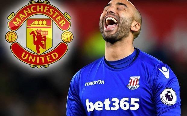 Manchester United ready to snap-up 35-year-old Stoke ace Lee Grant as David De Gea back-up