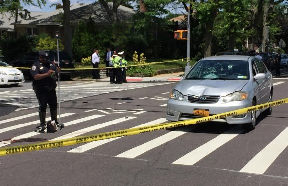 Elderly driver fatally strikes teen crossing street: cops