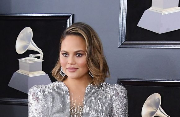 Chrissy Teigen shares honest picture of 'new body' two months after giving birth