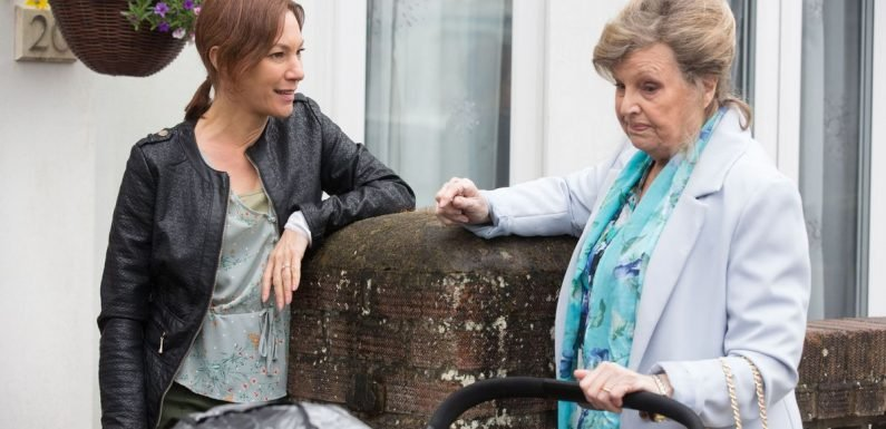 EastEnders' Rainie receives a tempting offer after her mother's shock arrival