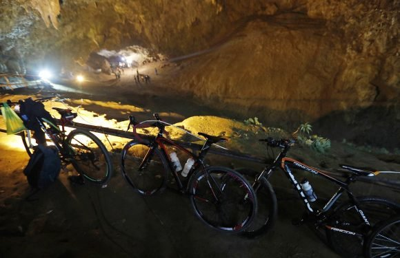 Trapped soccer kids went into cave for 'initiation' ritual: rescue diver