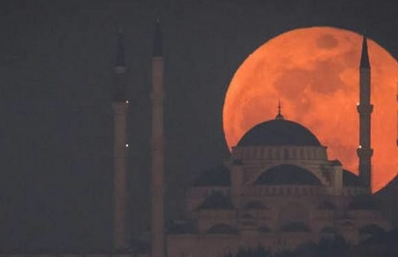 Full Schedule Of All Eclipses For The Rest Of 2018 – Total Lunar Eclipse Blood Moon Up Next