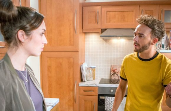 Corrie knife horror as Shona discovers David's young daughter in danger