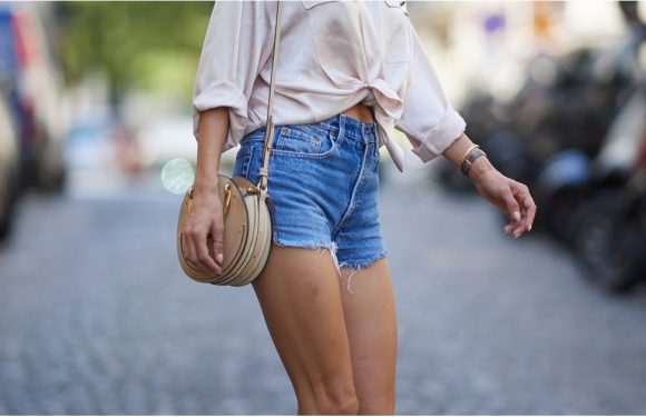 The Definitive Guide of What Shoes to Wear With Every Type of Shorts