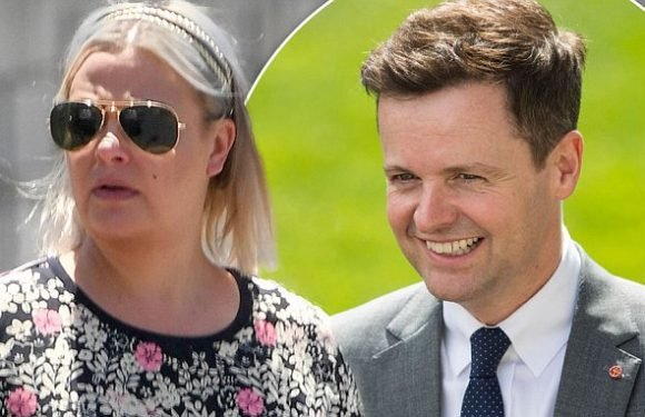 Declan Donnelly 'sends supportive message to  Lisa Armstrong'