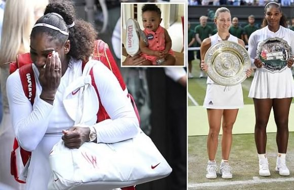 Serena Williams cries after dedicating performance to 'all moms'