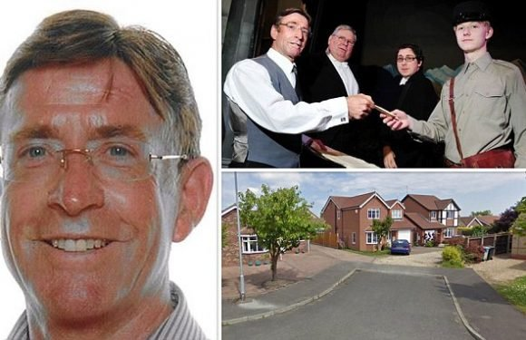Theatre director allergic to wasps died after trying to remove nest