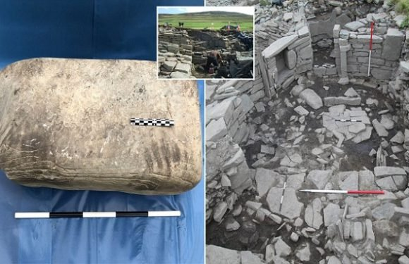 'Unique' 1,500-year-old Pictish hand and knee prints are discovered