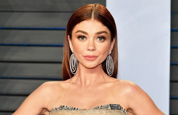 Sarah Hyland Shows Her Scars in 4th of July Bikini Selfie: Pics